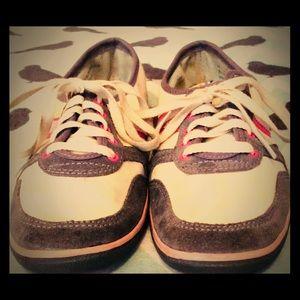Simple Tennis Shoes Sz 6.5